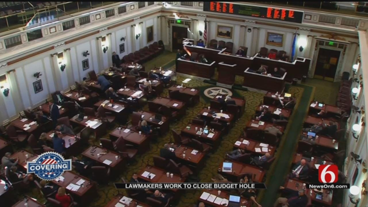Lawmakers Scramble To Come To Agreement On Budget