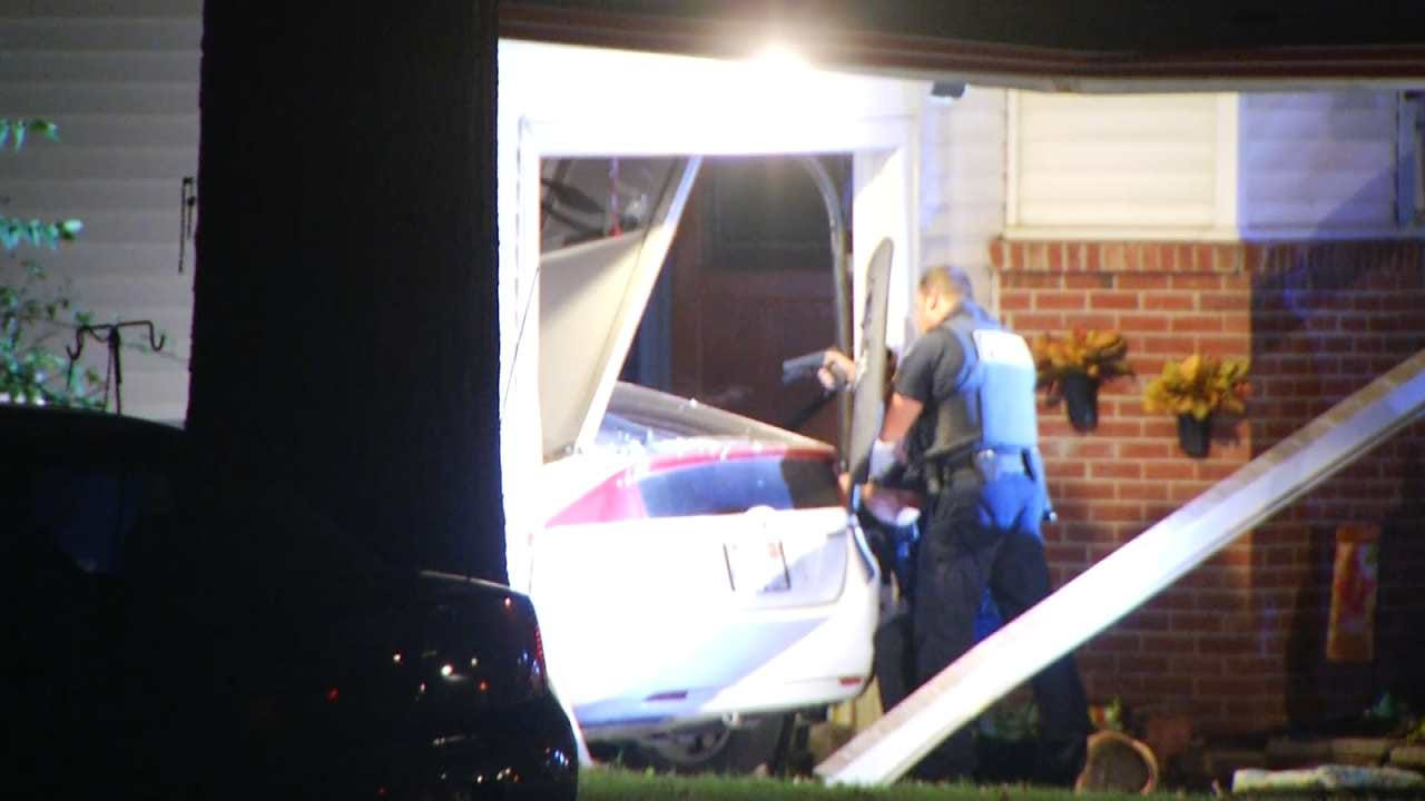 Driver In Custody After Crashing Into Tulsa Home