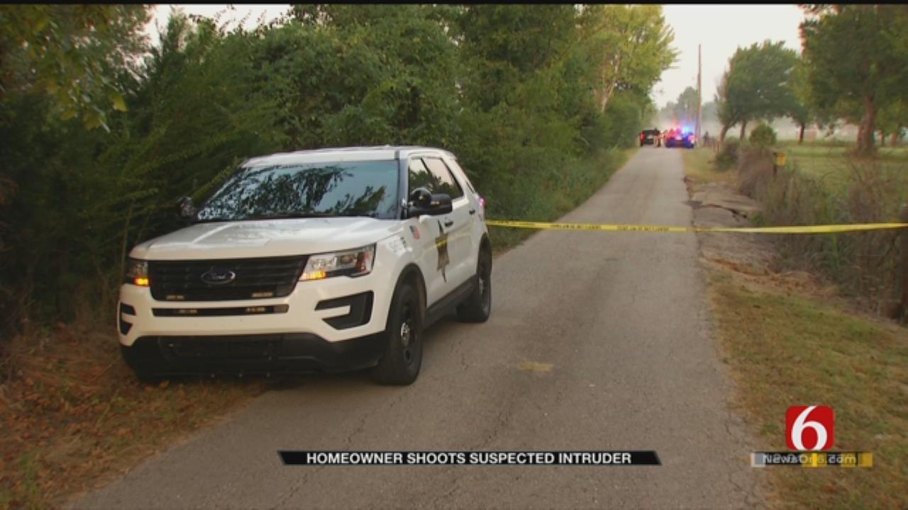 Man Shot Breaking Into Collinsville Home, Deputies Say