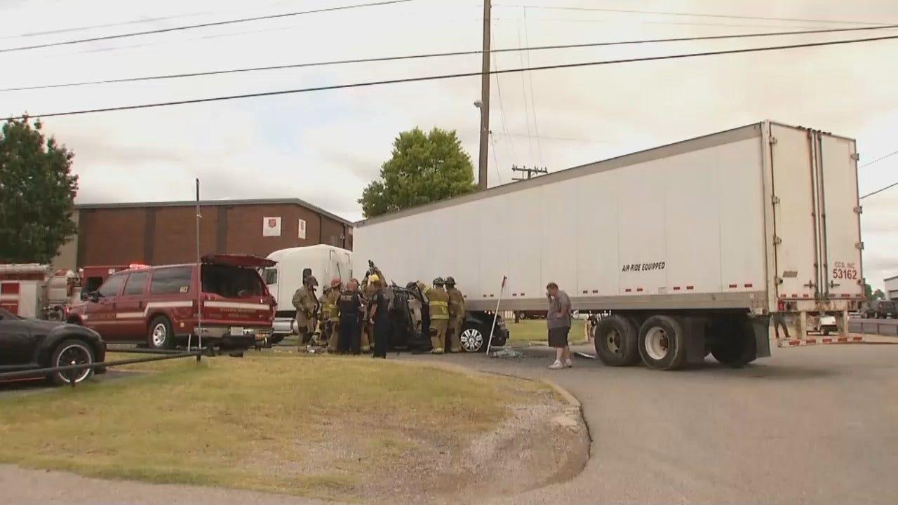 WEB EXTRA: Crash Involving An SUV And Semi Closes Tulsa Street