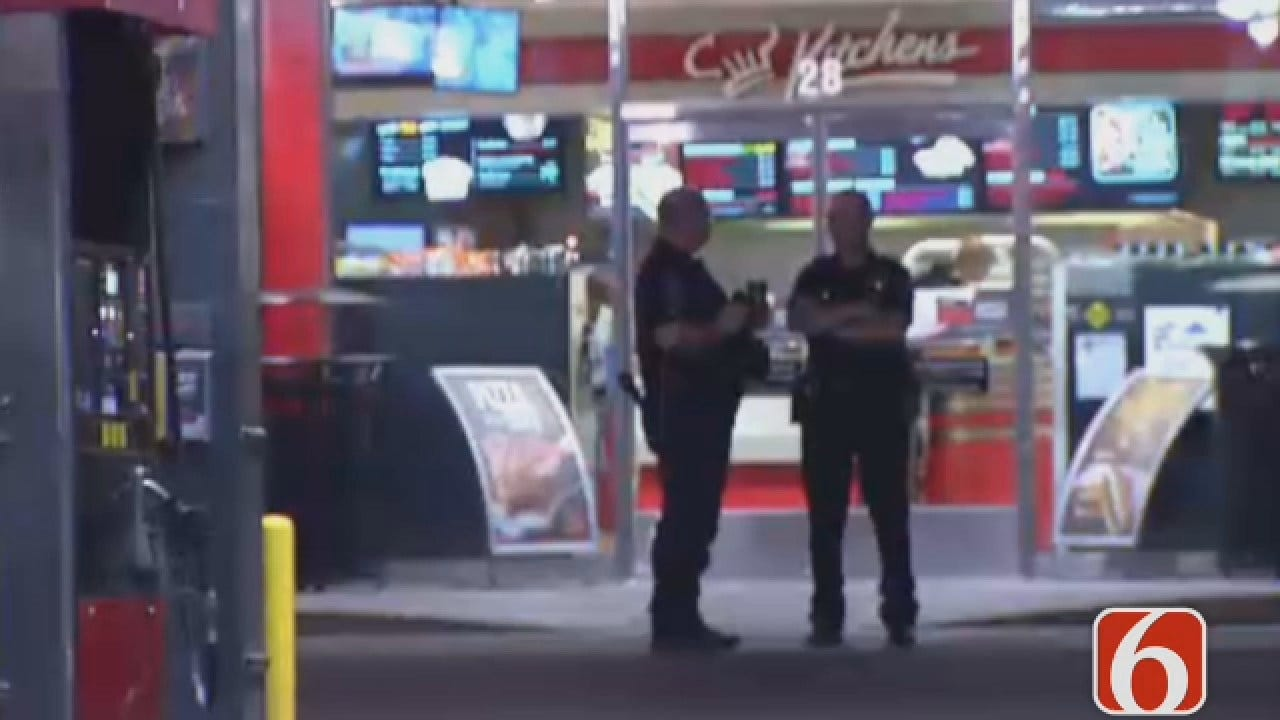 Dave Davis Reports On Shooting Outside Tulsa Convenience Store