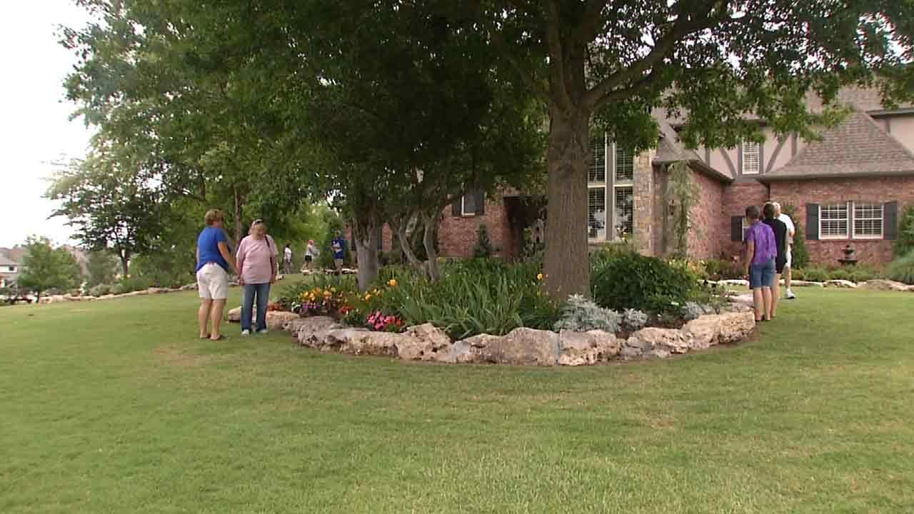 Tour Takes Oklahoma Gardeners To Notable Landscapes