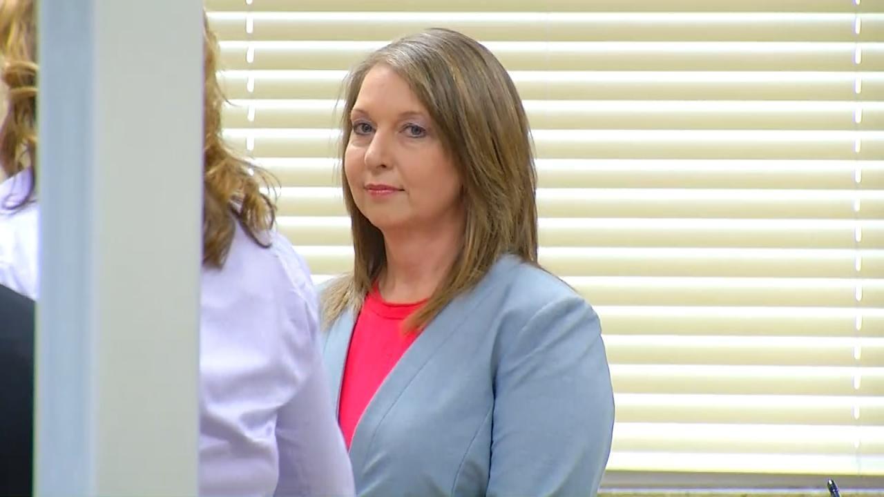 Joseph Holloway: Tulsa Police Officer Betty Shelby Returns To Duty Monday