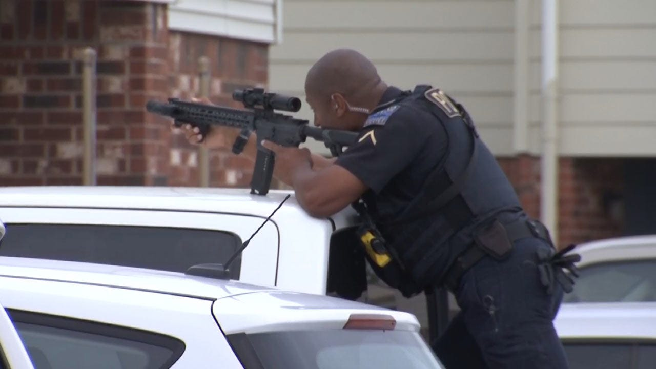 Tulsa Standoff Ends Peacefully With Three People In Custody