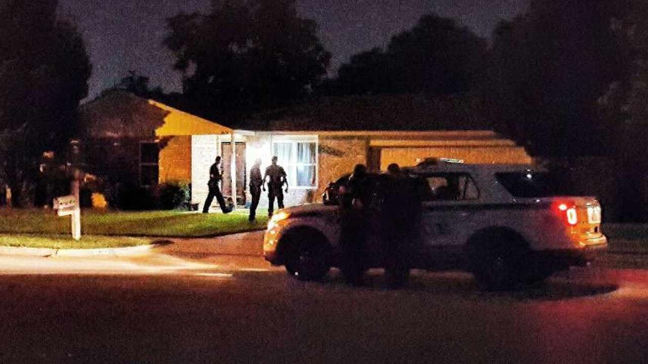 Shots Fired Into Tulsa Homes; Police Search For Suspects