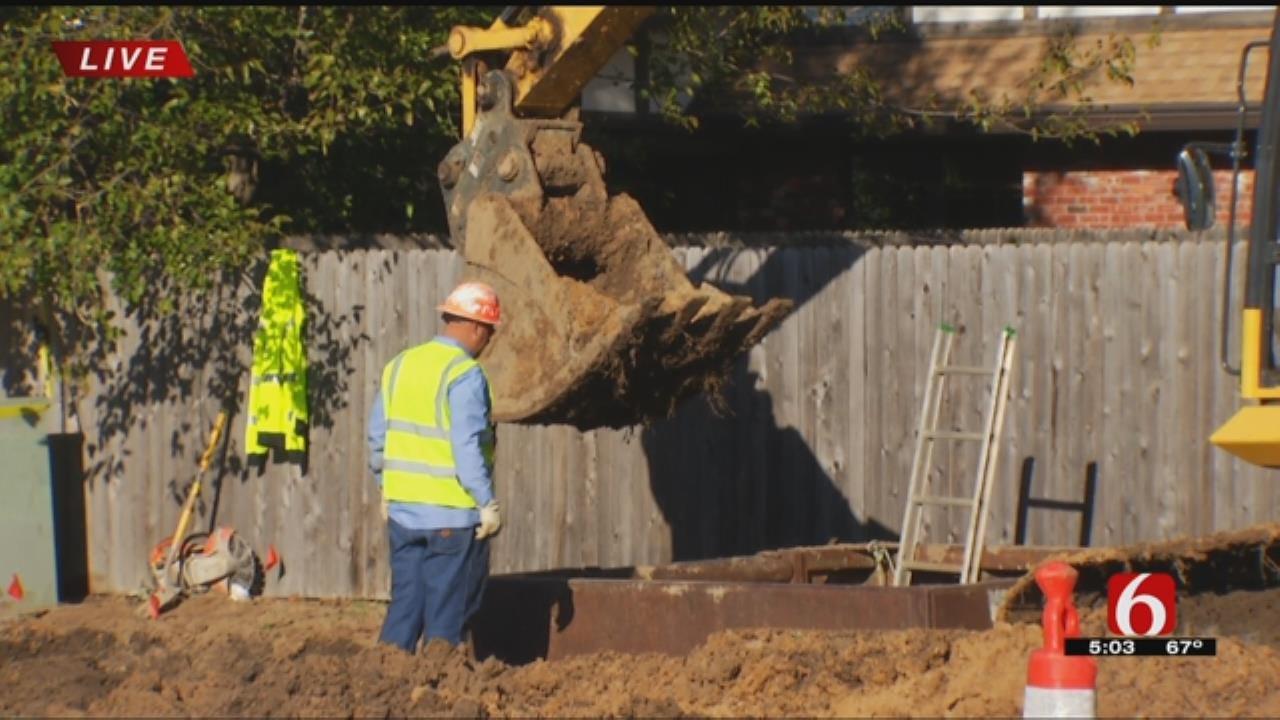 Crews Work To Repair Break In Broken Arrow Water Line