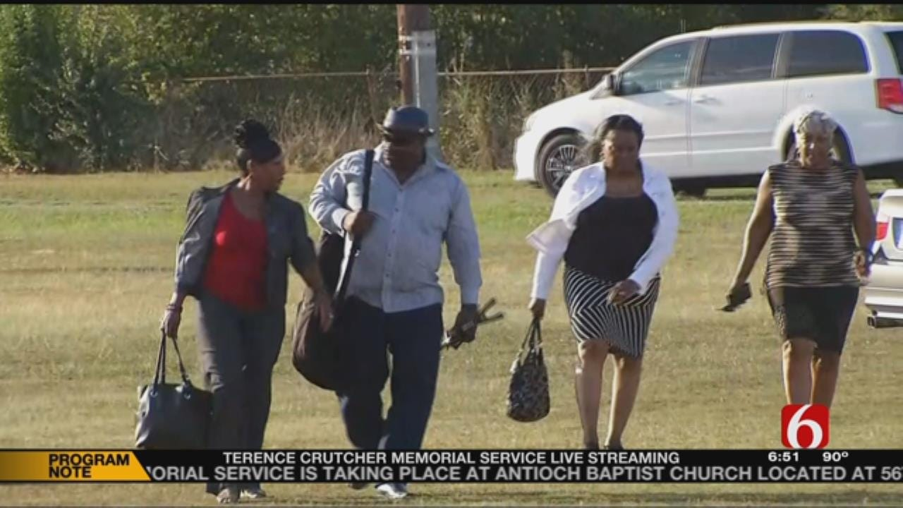 Hundreds Attend Funeral Of Terence Crutcher
