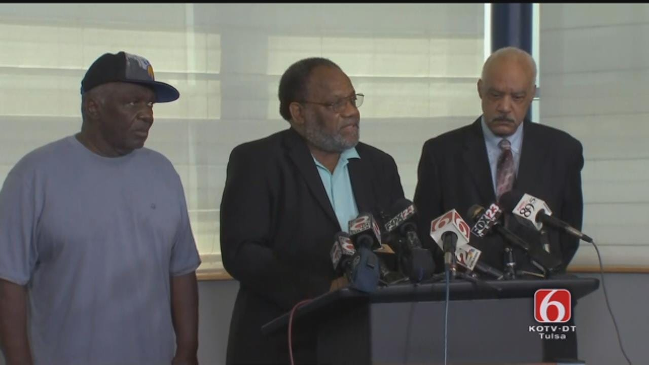 Tulsa Police News Conference On Death Of Terence Crutcher, Part 3