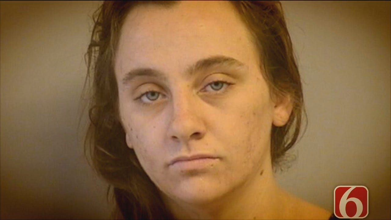Melissa Hawkes: Tulsa Mom Arrested After Toddler Found Wandering Naked