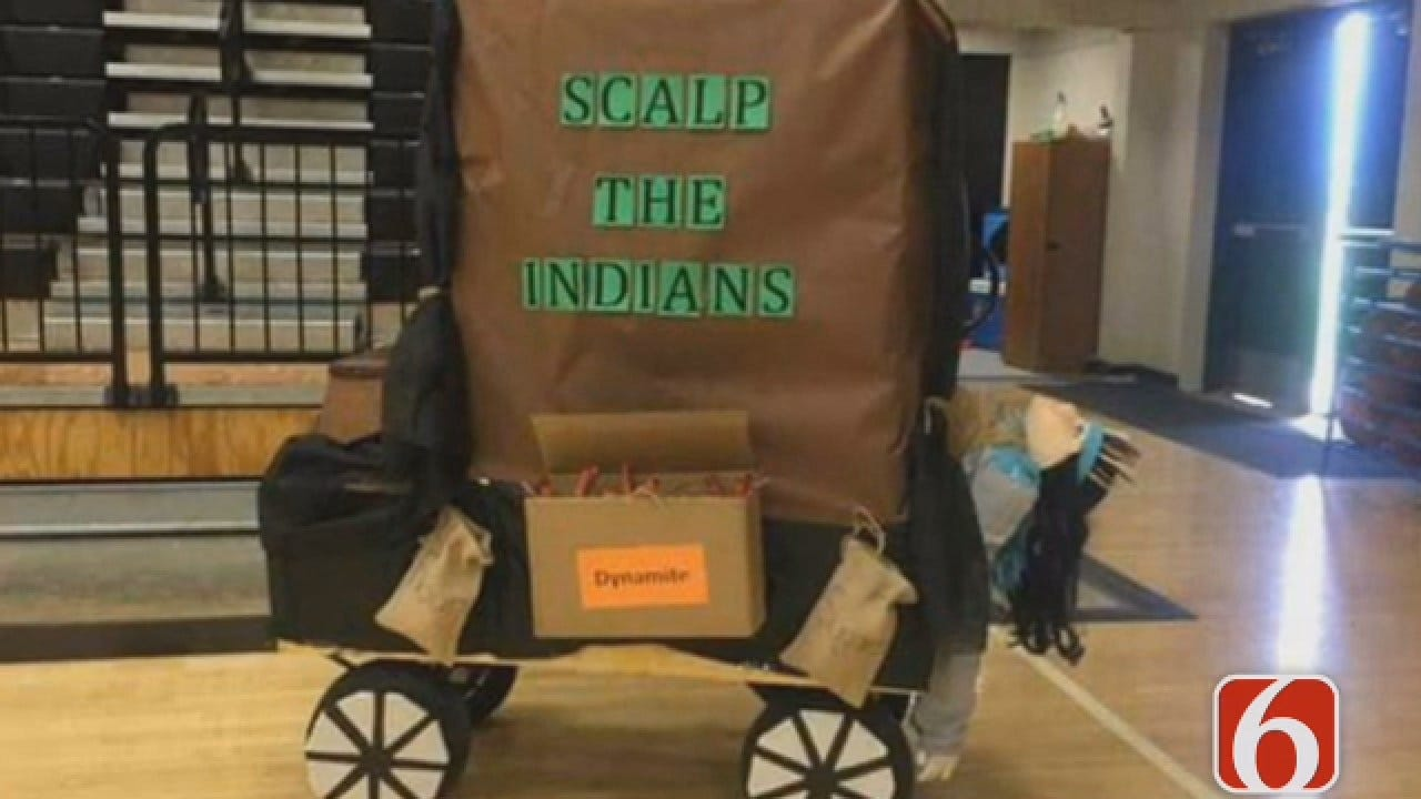 Emory Bryan Reports On Coweta 'Scalp The Indians' Homecoming Float