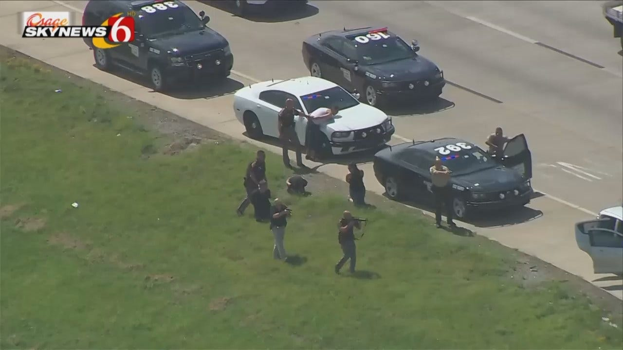 Osage SkyNews 6 HD Flys Over Tulsa Traffic Stop, Arrests