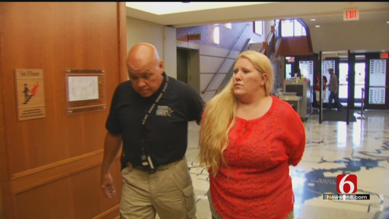 Woman Suspected Of Forging Doctor's Note To Get Boyfriend Out Of Jail