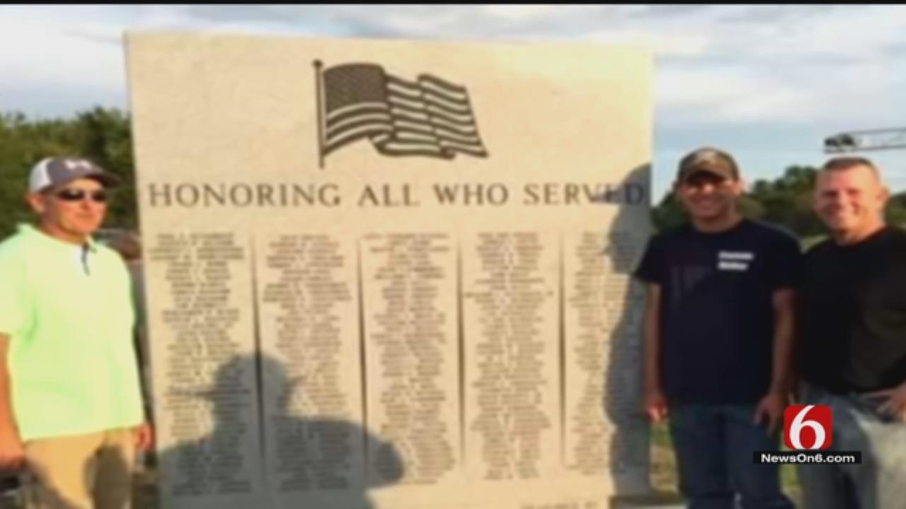 Okay Unveils Veterans Monument