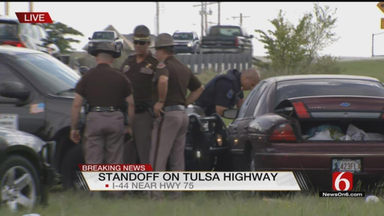 Chase Suspect Stops Traffic On Tulsa Interstate
