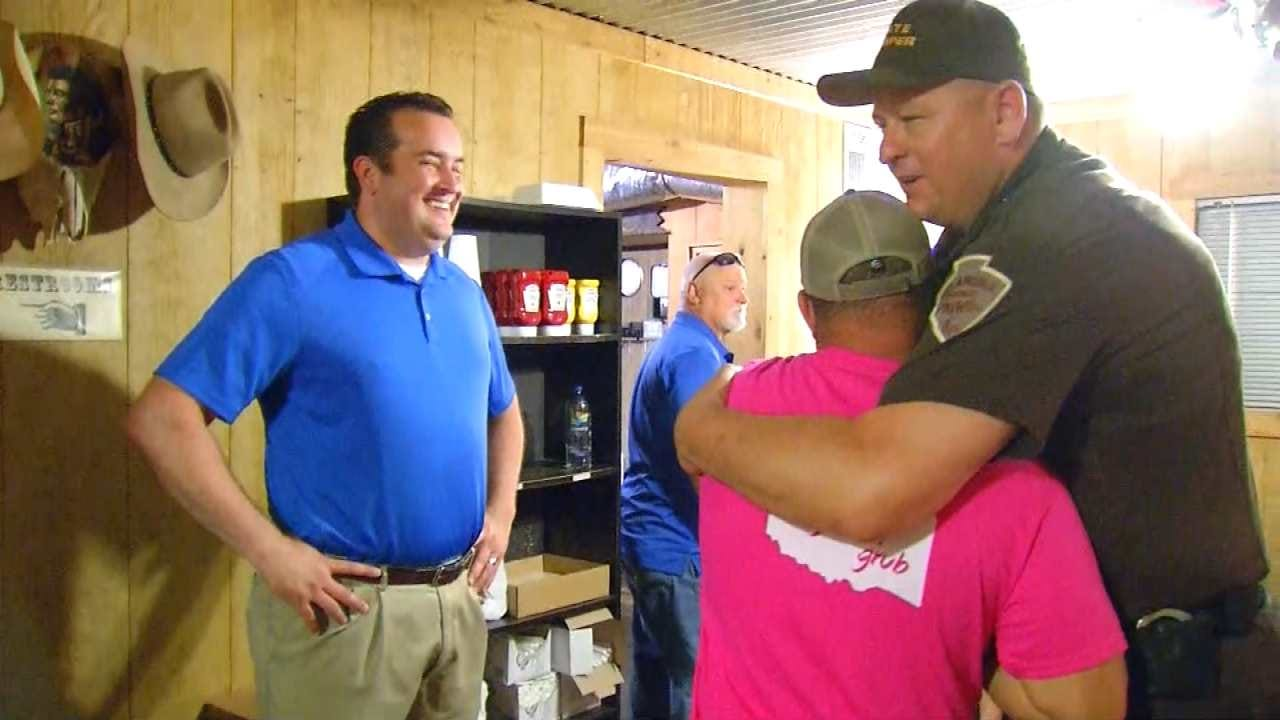 Law Enforcement Packs Hominy Restaurant For Free Appreciation Lunch