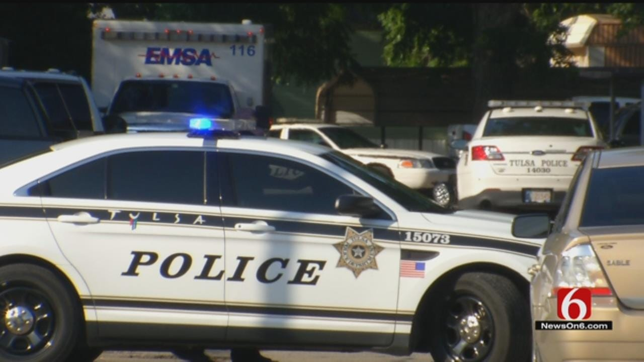Tulsa Police: Man Wounds Woman, Fatally Shoots Himself