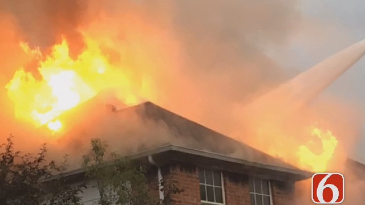 Joseph Holloway Reports On Tulsa House Fire At 91st And Memorial