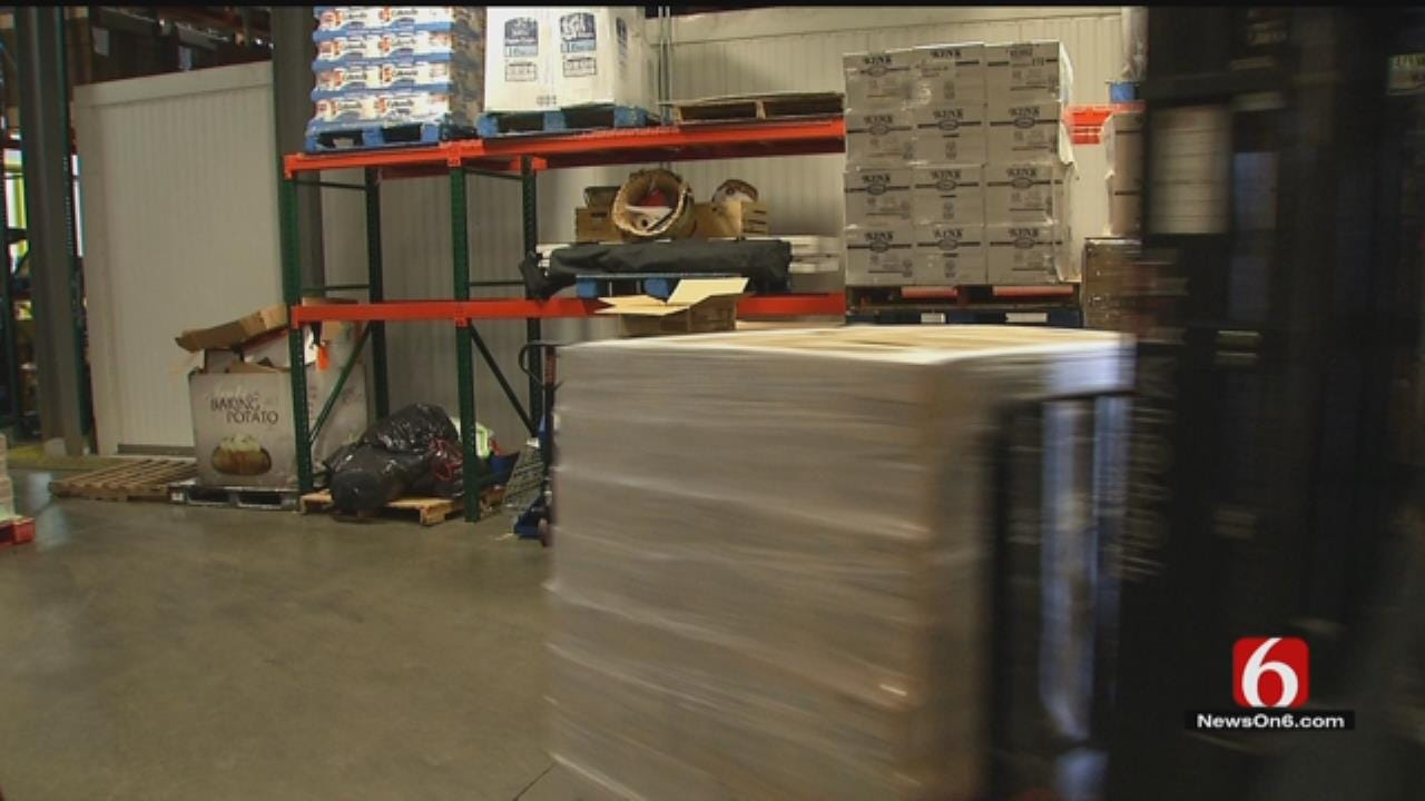 Company Donates 40,000 Pounds Of Mac And Cheese To OK Food Bank