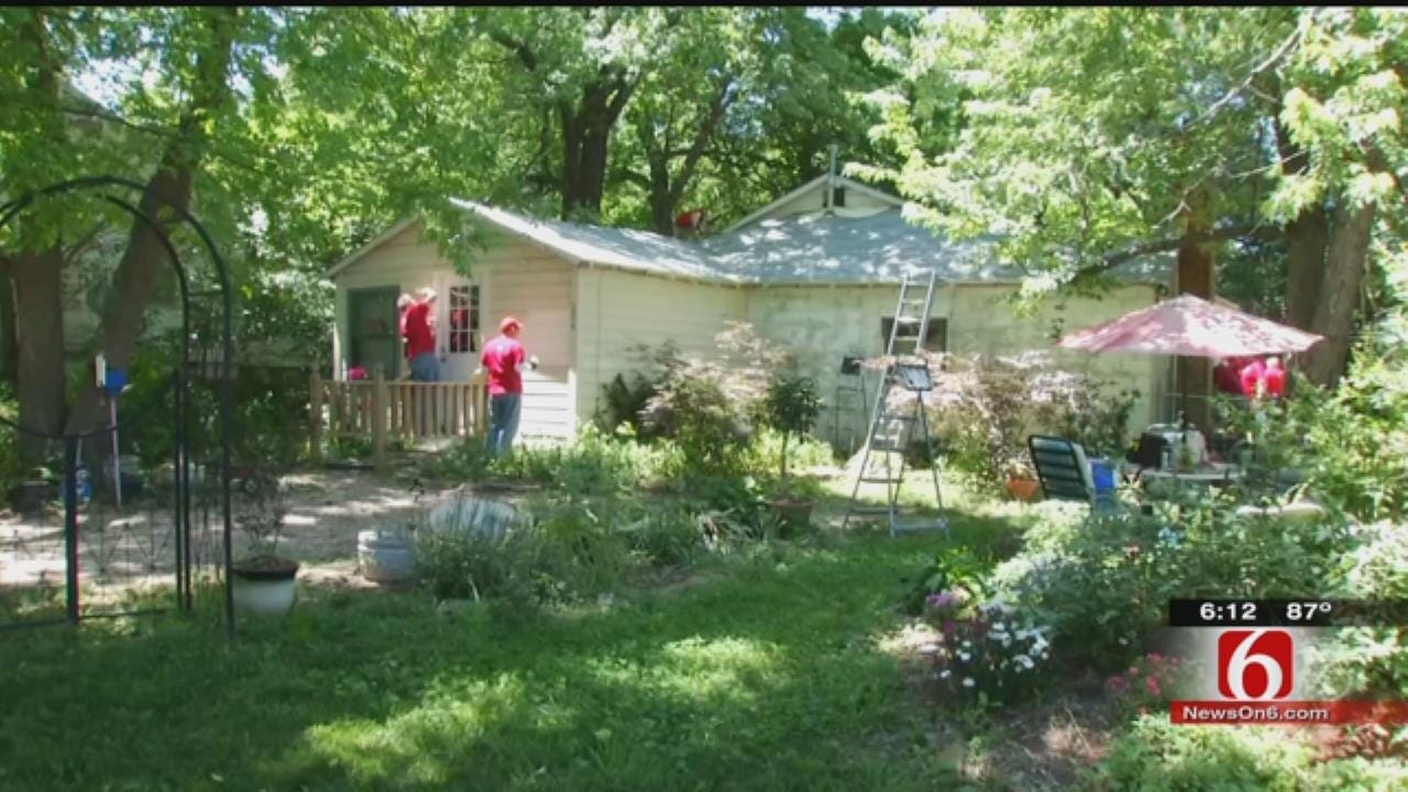 Tulsa Volunteers Step Up To Repair Family's Home