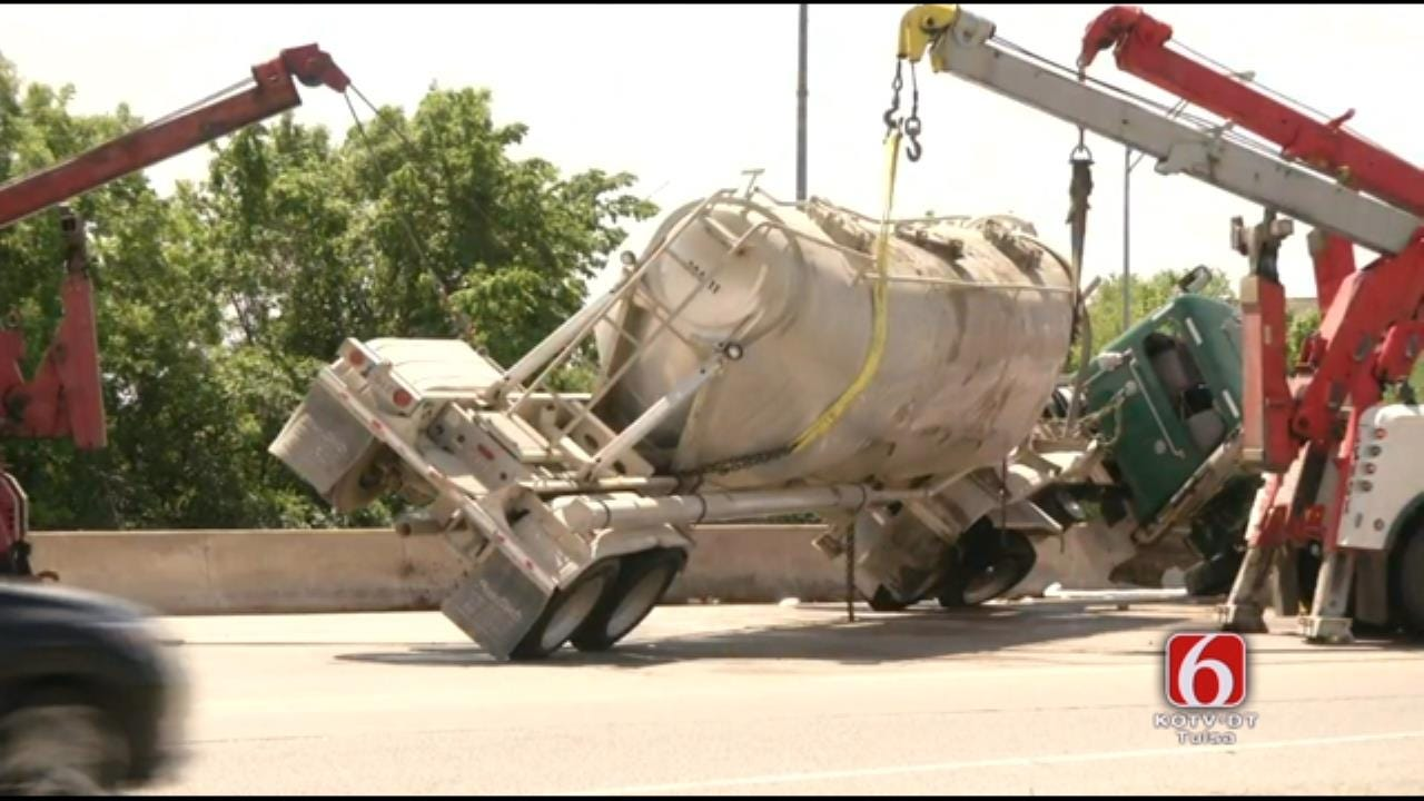 WEB EXTRA: Wreckers Right Semi On Interstate 44