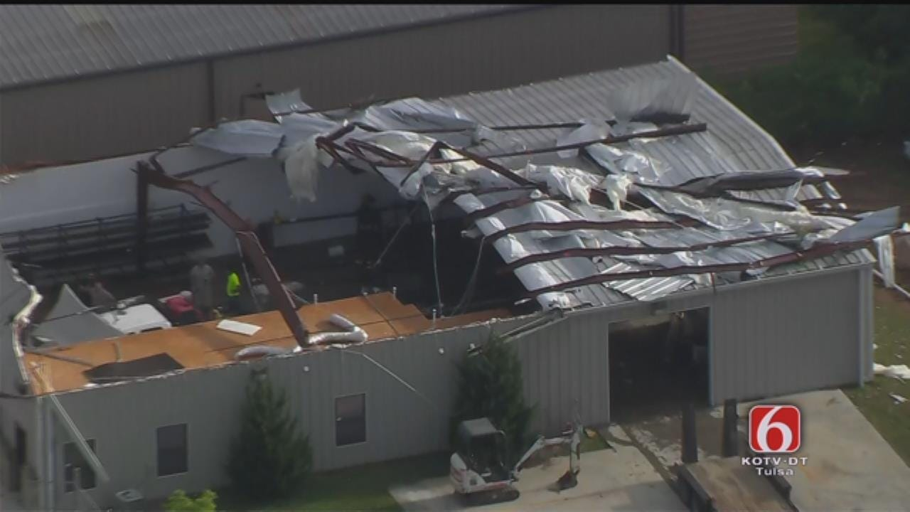 Osage SkyNews 6 HD: Roof Ripped From Bixby Business