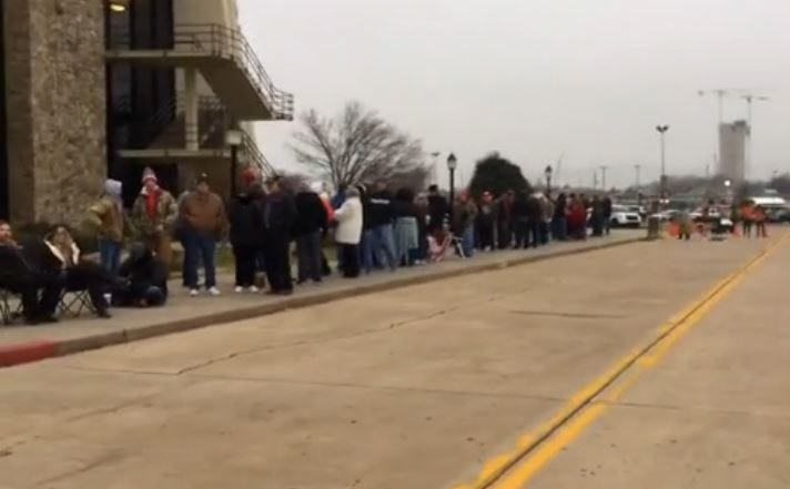 WEB EXTRA: Lines Growing Outside Trump, Palin Rally