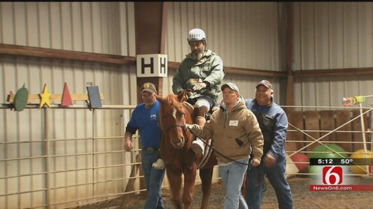 First Oklahoma Veterans Graduate From Therapeutic Riding Program