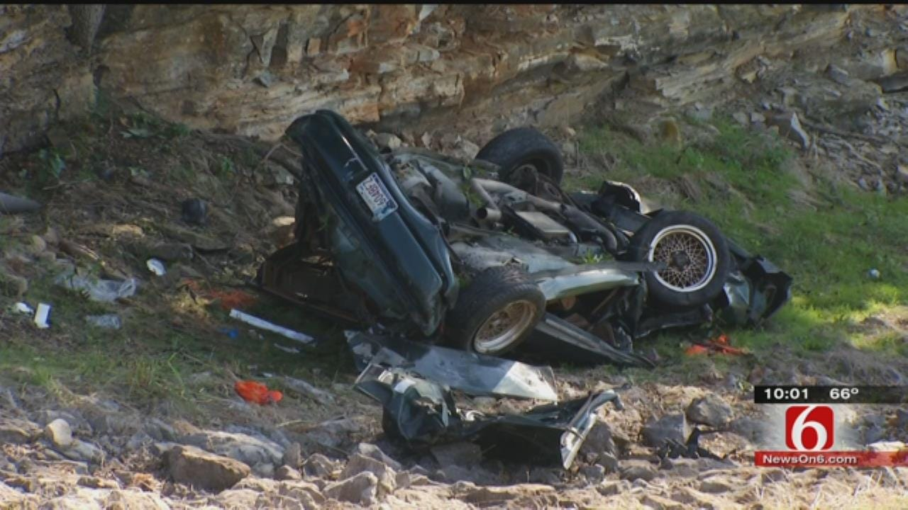 Woman Dies In Possible Alcohol-Related Crash At Oologah Dam