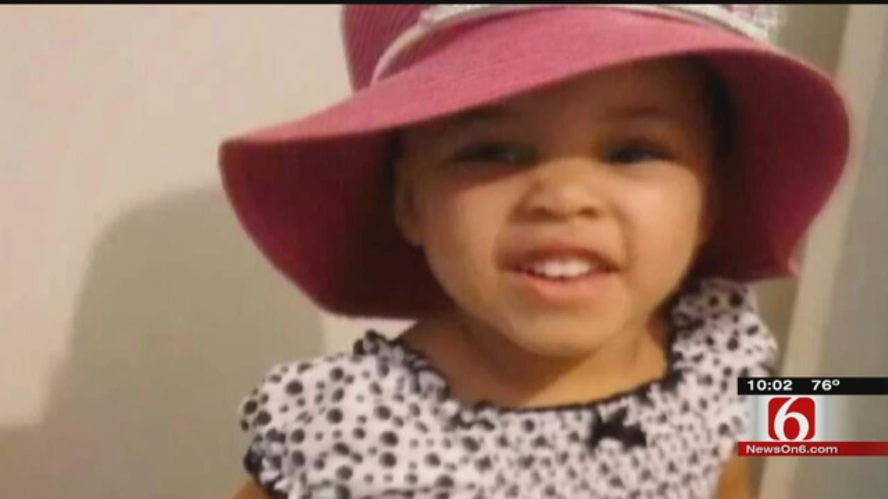 Tulsa Neighbor Recalls Giving CPR To 'Limp' Toddler