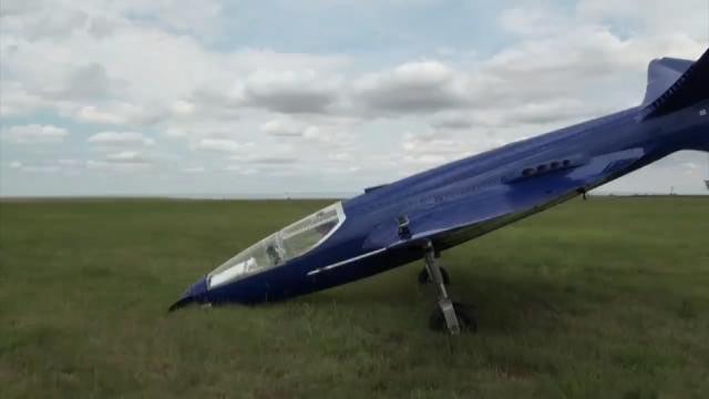 Tulsa-Built 'Bugatti 100p' Replica Makes First Flight