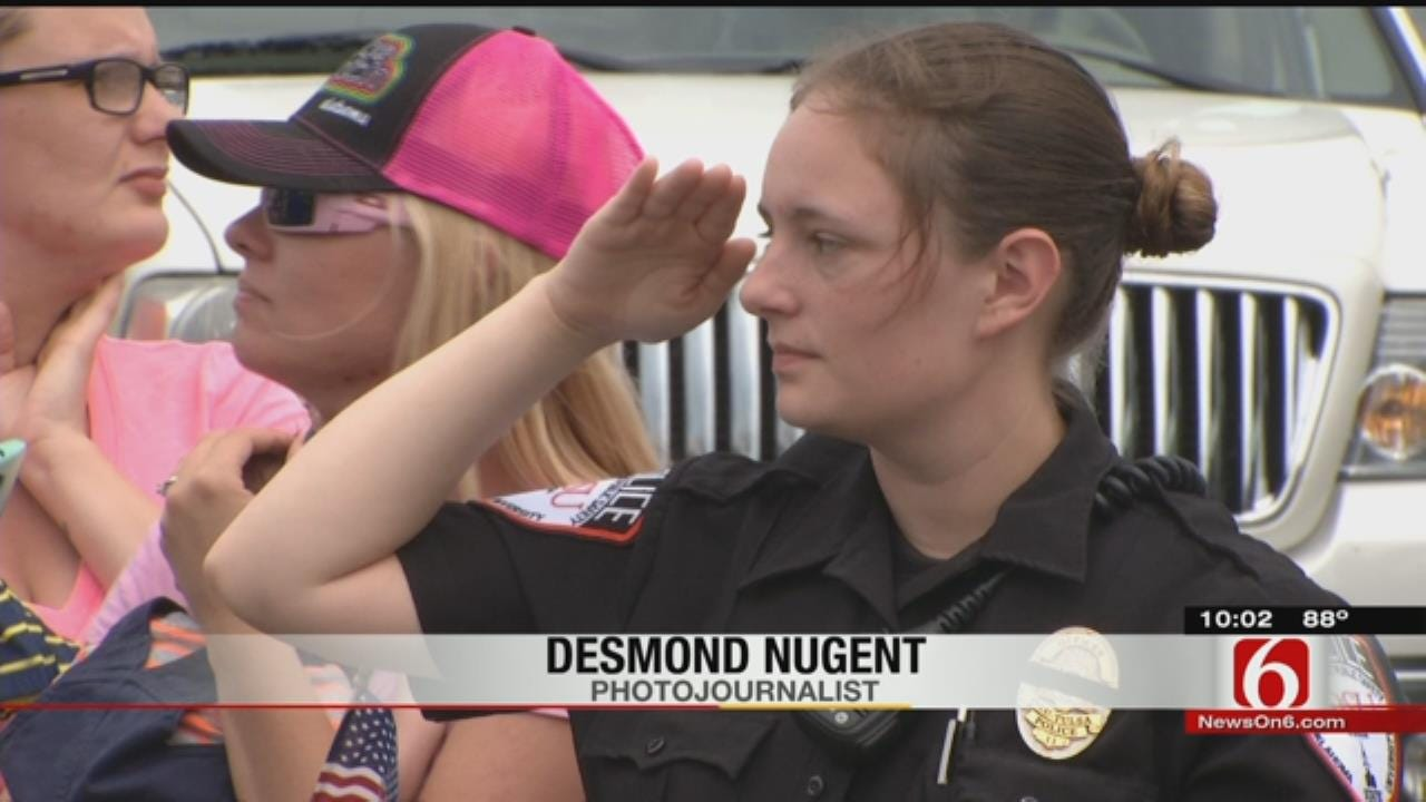 Sapulpa Community Gives Fallen Officer Hero's Welcome