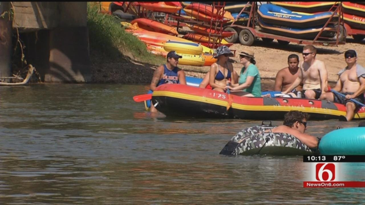 Locals Push For Stricter Alcohol-Related Rules On Illinois River