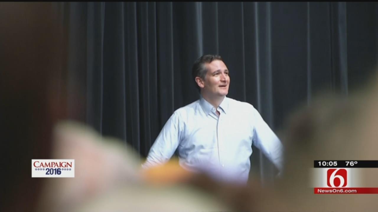 Bartlesville, Tulsa Crowds Show Support For Senator Ted Cruz
