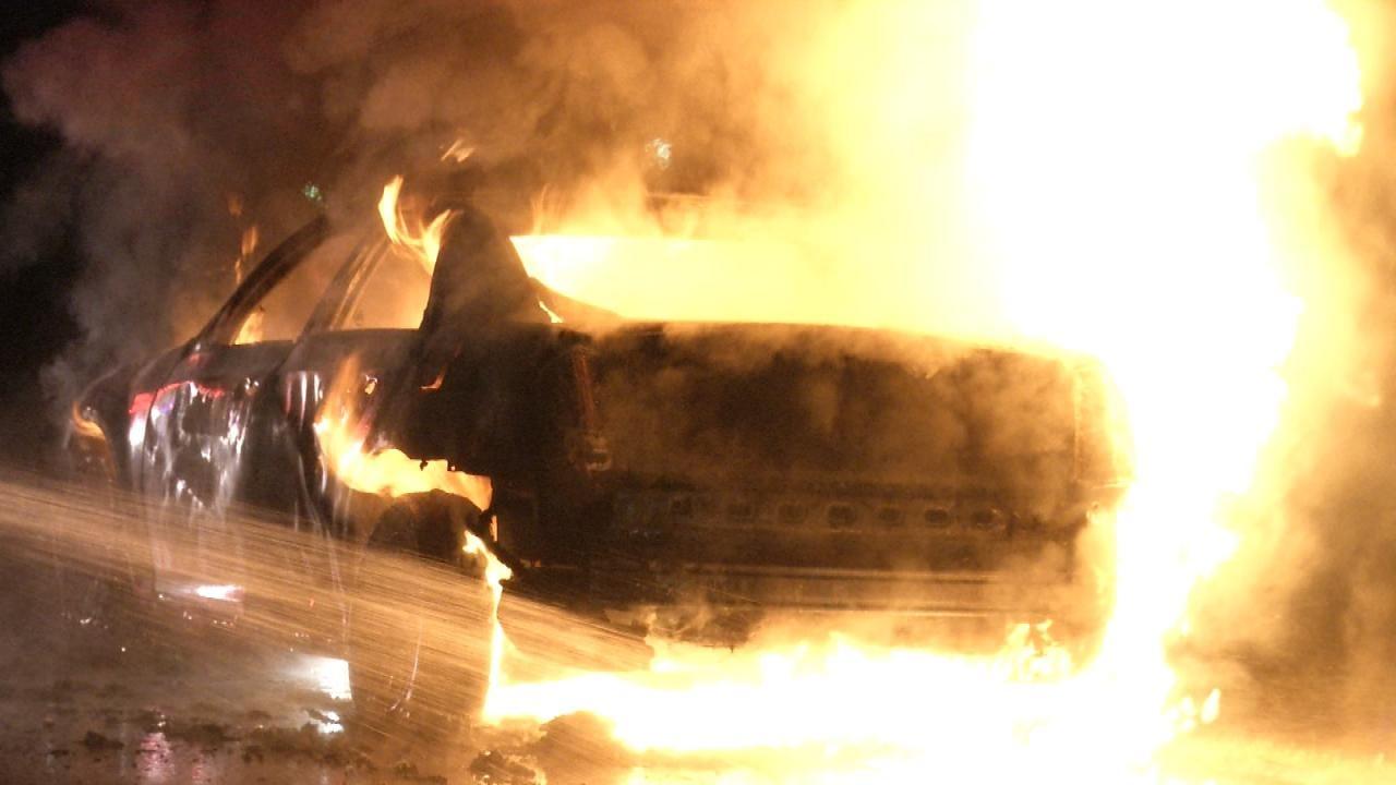 WEB EXTRA: Two Men Escape Catoosa-Area Car Fire