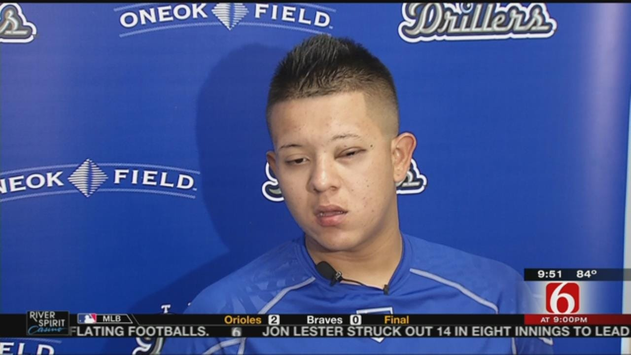 Top Dodgers Prospect Julio Urias Fights Eye Condition To Pursue MLB Dream