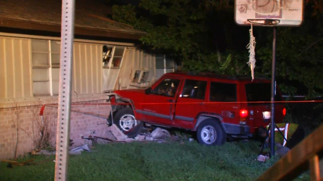 WEB EXTRA: Video From Scene Of Jeep Into Tulsa Duplex