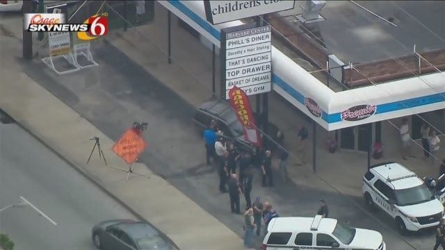 Osage SkyNews 6 HD Flies Over End Of Tulsa Police Chase, Arrest