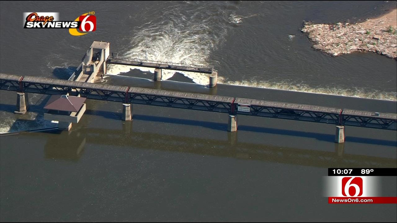 Task Force Presents Proposal For Low-Water Dams In Arkansas River