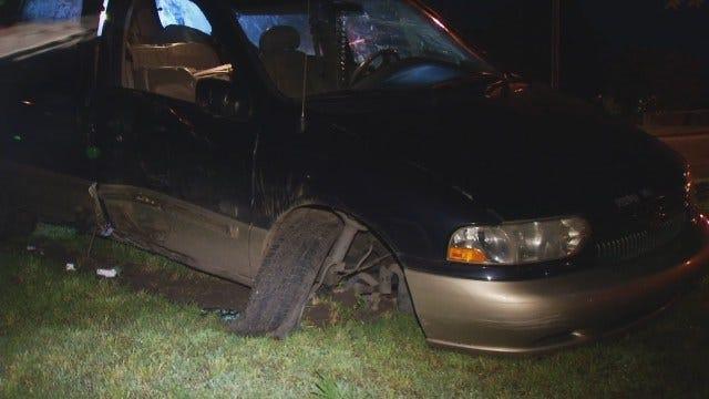WEB EXTRA: Tulsa Man Crashes Stolen Minivan During Police Chase