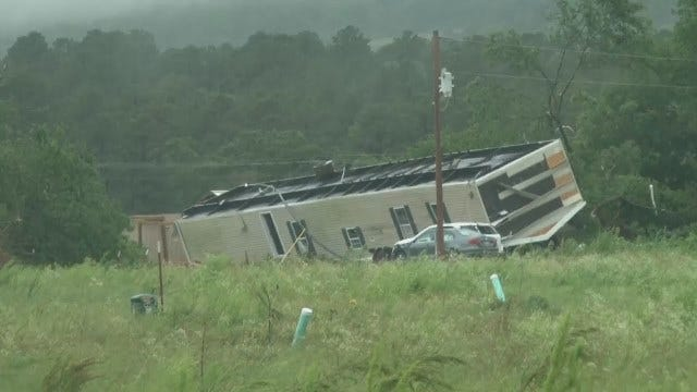 WEB EXTRA: Video From News On 6 Storm Tracker Darren Stephens Of Poteau Damage