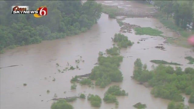 Osage SkyNews 6 HD Flies Over Flooded Neighborhoods Near Tulsa