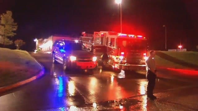 WEB EXTRA: Sapulpa Firefighters Using Boat To Rescue Homeowners