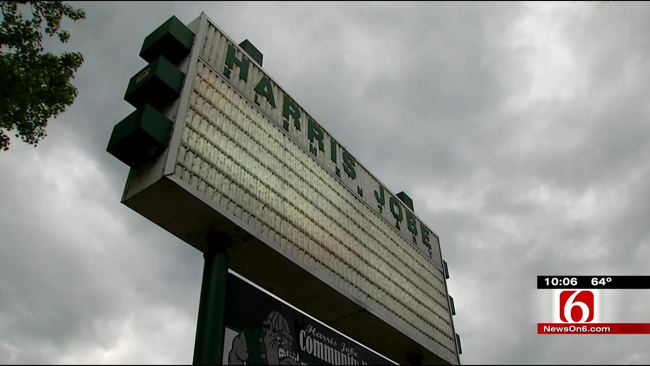 Lack Of Funding Forces Muskogee To Propose Plan Moving Students, Teachers