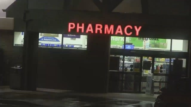 WEB EXTRA: Video From Scene Of Tulsa Walgreens Armed Robbery