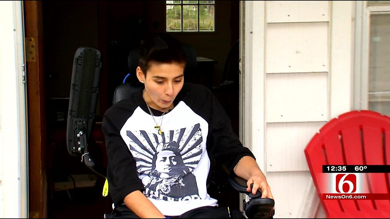 Broken Arrow Teen Paralyzed In Crash Credits Family For Healing