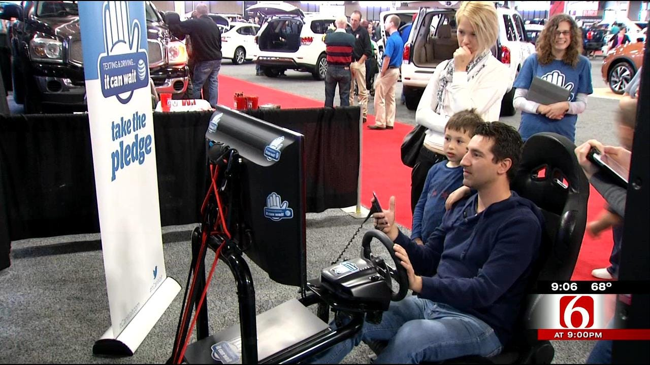 Tulsans Get Reality Check With Texting And Driving Simulator