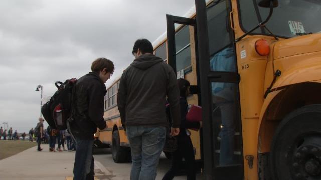 Broken Arrow Won't Change Start Times To Offset Tardy Buses