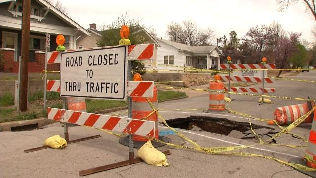 WEB EXTRA: Video Of Midtown Tulsa Sinkhole