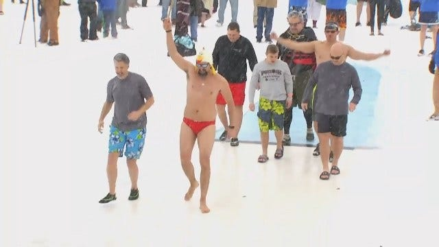 WEB EXTRA: Taking The Polar Plunge In Tulsa