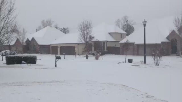 WEB EXTRA: Snow Fall Saturday In Jenks Area